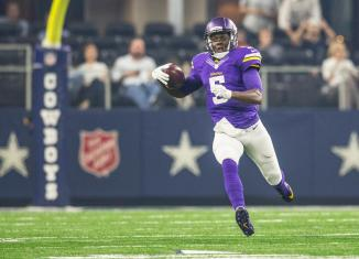 Teddy Bridgewater Cowboys Scramble