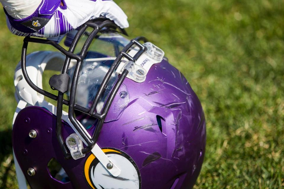 Vikings Trade For Chargers Guard Jeremiah Sirles Vikings