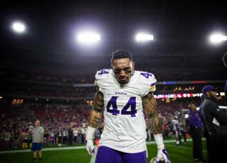 re-sign Matt Asiata