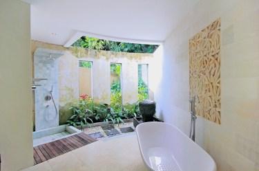 Dhanya Bathroom
