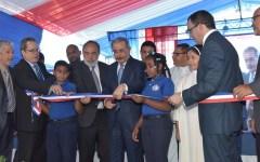 En Hacienda Estrella, el presidente Danilo Medina entrega nuevo plantel para 630 estudiantes