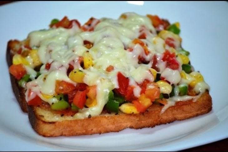 Tawa Bread Pizza