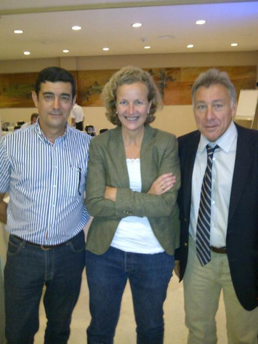 Con Montse Molina y Claudio en Sanlúcar