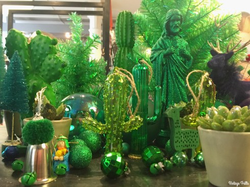 paperchase-press-day-green-christmas-decorations
