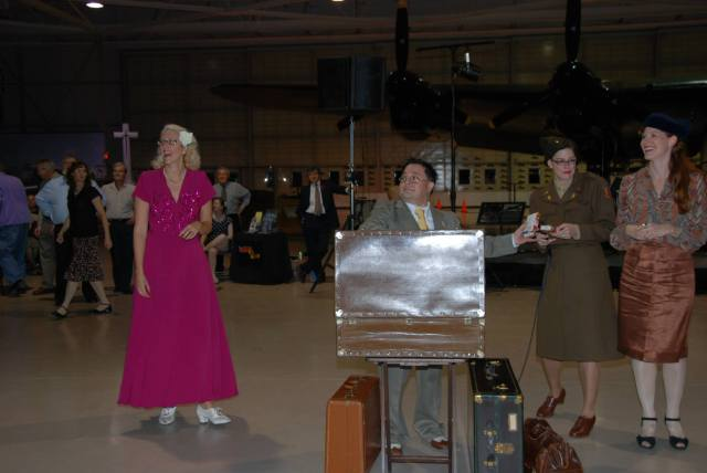 1940s Big Band Dance, hamilton warplane musuem