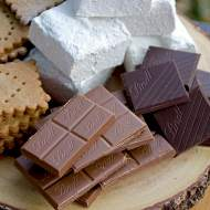 Hickory Marshmallow S'mores </br>with Lindt Chocolate