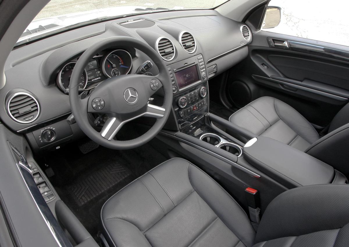 Mercedes-Benz W164 ML320 салон