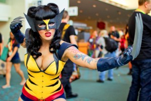 Wolverine-Cosplay-Girl-SDCC-2012-FTW-sexy-nerdgril