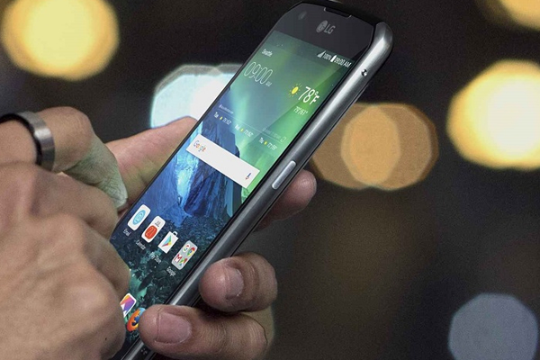 LG PRESENTA SMARTPHONE X VENTURE2