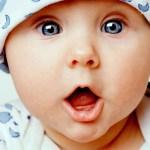 La razón por la transformación del color de los ojos del bebe