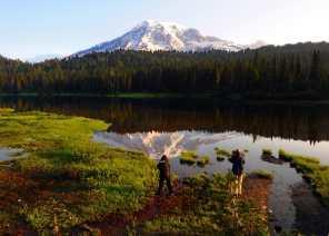 sunrise-at-Reflection-Lake