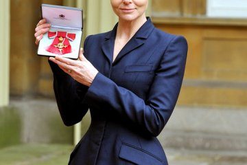 Stella McCartney named Officer of the Order of the British Empire