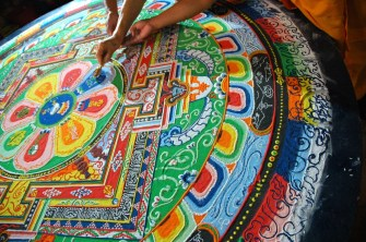 3 Creative Lessons From Buddhist Monks Who Make Mandalas