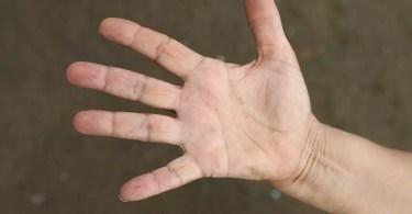 hand-825680_960_720