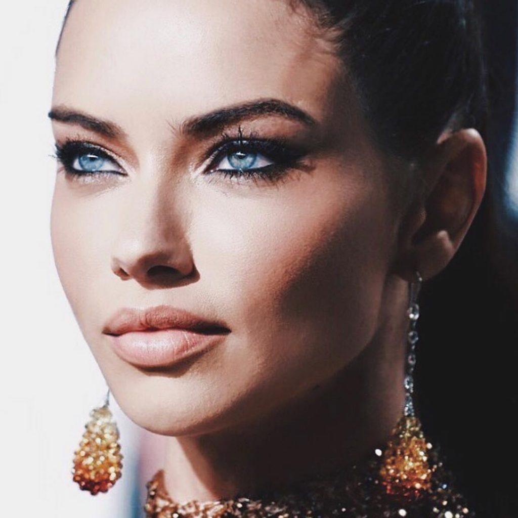 21 Stunning Beauty Photos We Loved on Adriana Lima's Instagram smoky eyes nude lips