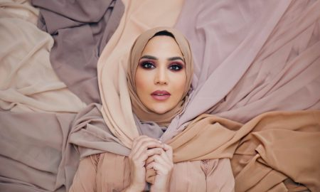 hijabi_model_is_cast_in_haircare_campaign_main_image