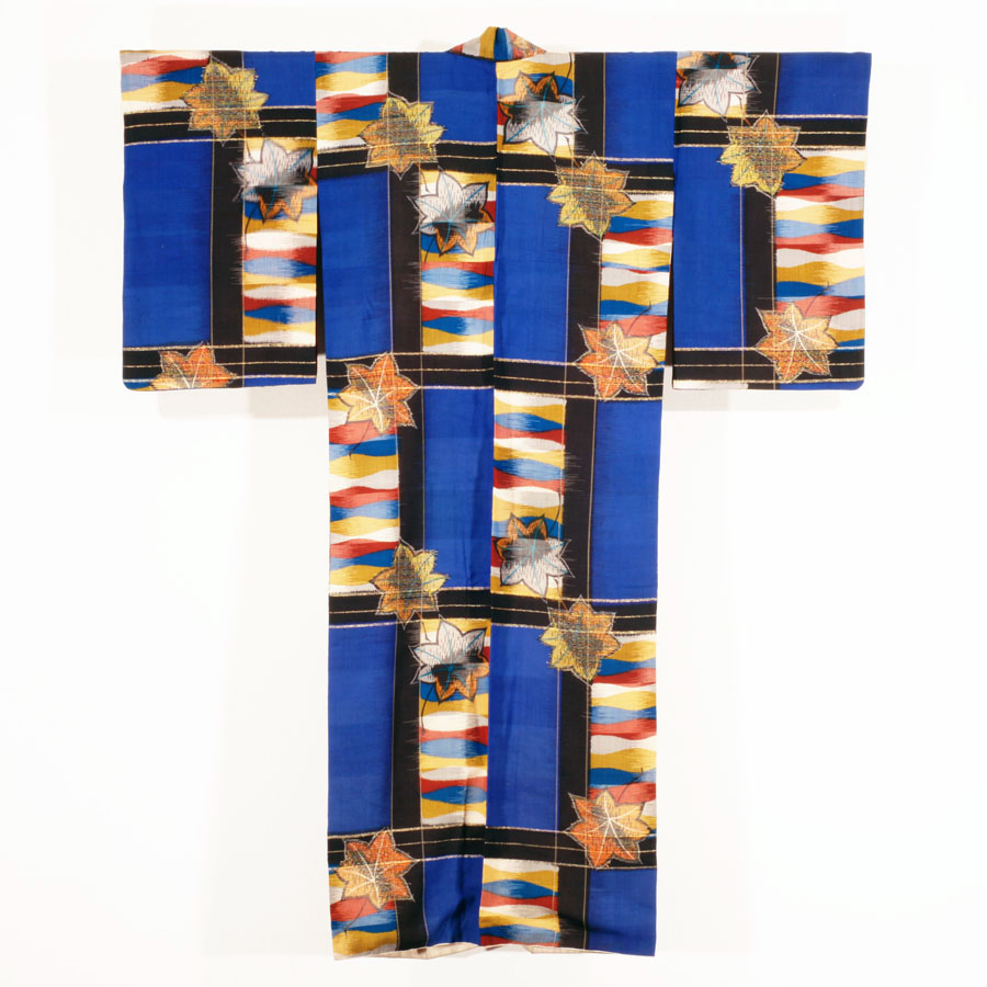 Meisen Kimono with Tile-like lattice and Maple Leaf 昭和10–15年(1935–40)頃