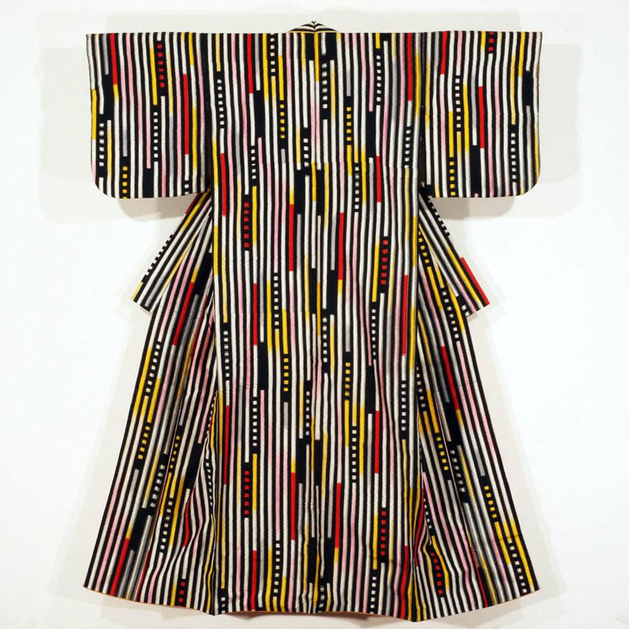 Meisen Kimono with Irregular Stripe Motifs 昭和30–35年(1955–60)頃