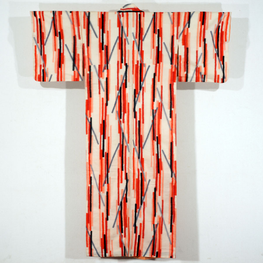 Meisen Kimono with Irregular Stripe Motifs Made of Short Lines 昭和30–35年(1955–60)頃