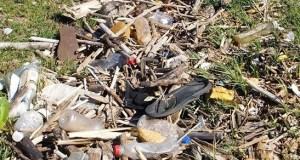 La acumulación de basura es un problema que afecta a varias comunidades del Sur.