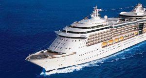 Los ejecutivos de la empresa de cruceros tramitan junto a las autoridades locales la llegada del barco Serenade of the Seas a la Ciudad Señorial.