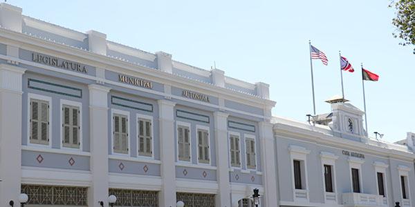 Legislatura Municipal y Alcaldía de Ponce.