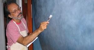 Elizam Escobar es pintor, poeta y profesor.