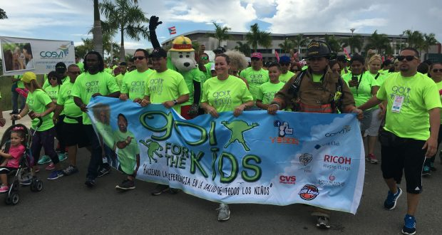 Por séptimo año consecutivo, miles de personas participaron de la marcha Go for the kids a beneficio de la Fundación Go Gogo en Ponce.