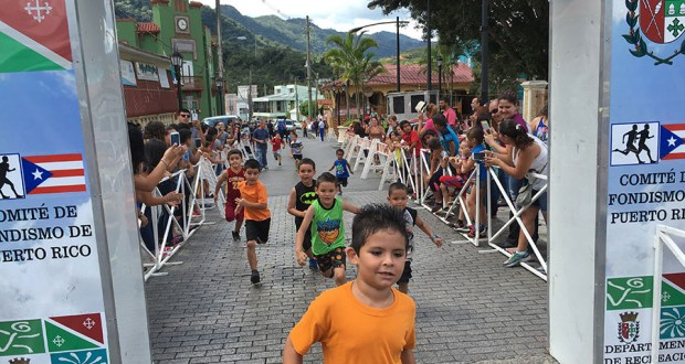 Participaron en la carrera niños de cuatro a 13 años de edad. (Suministrada)