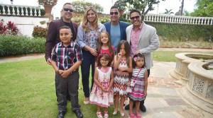 Beatriz Rosselló y los integrantes de Lími-T 21 compartieron ayer con un grupo de niños participantes de la Fundación Go Gogo. (Facebook / Beatriz Isabel Rosselló)