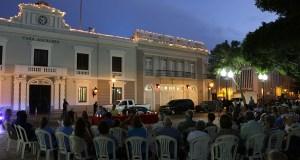 La vigilia se llevó a cabo en la plaza Las Delicias de Ponce. (Voces del Sur)