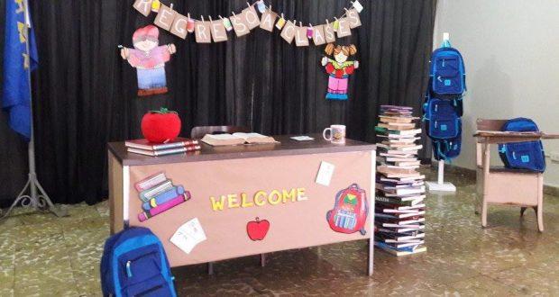 Los integrantes del Club Rotario de Yauco hicieron entrega de los materiales escolares a los estudiantes durante un acto en la sede de la organización.