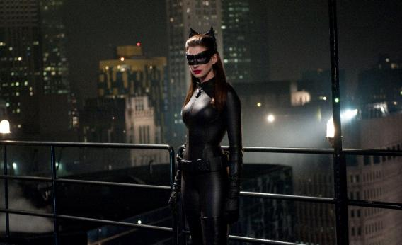 DarkKnightRises_Catwoman_jpeg_CROP_rectangle3-large