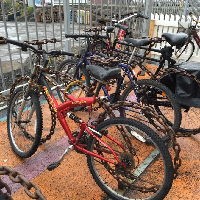 Fietsvormige fietsstallingen (goed kijken!)