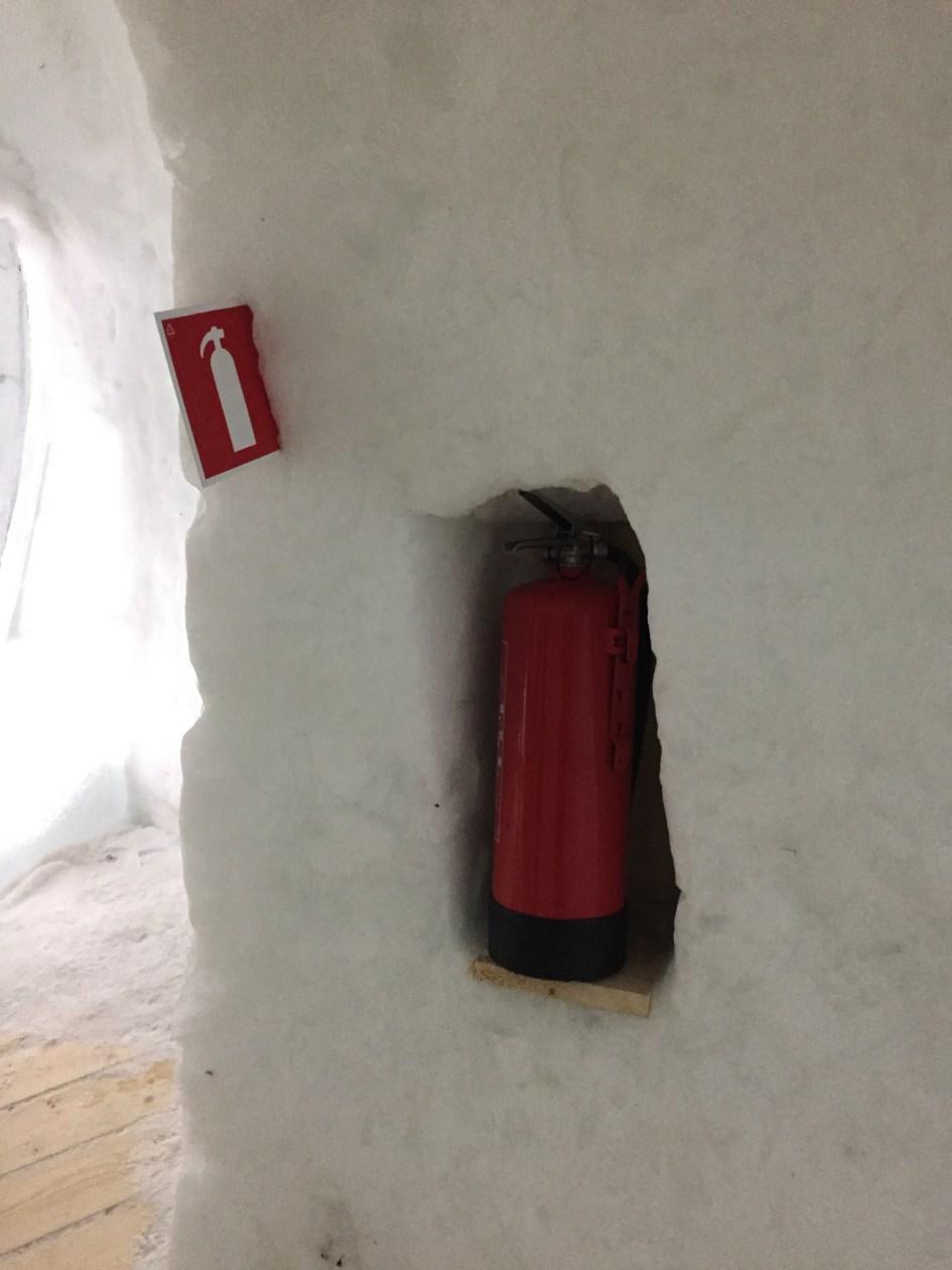 brandblusser igloo hotel