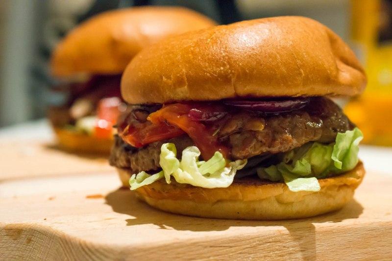 Midwinter barbecue burger