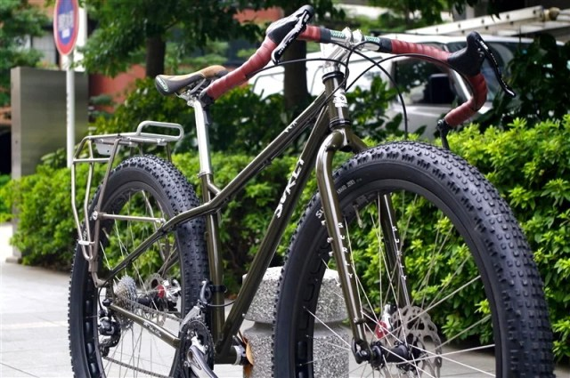 surly_ecr_blackbern10