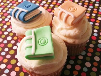book-novels-lovers-cakes-cupcakes-mumbai-15