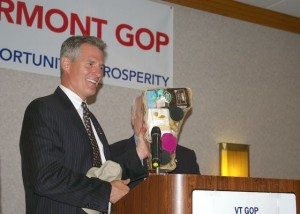 Former Republican Massachusetts Sen. Scott Brown addresses Vermont GOP officials on June 23, 2013. Photo by Andrew Stein