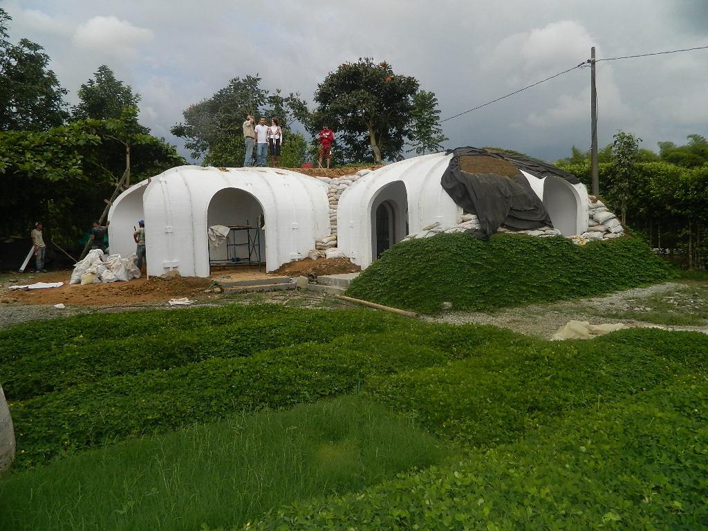 Hobbit-Haus kann in 3 Tagen gebaut werden Herr der Ringe Selbstversorgen alternative Häuser