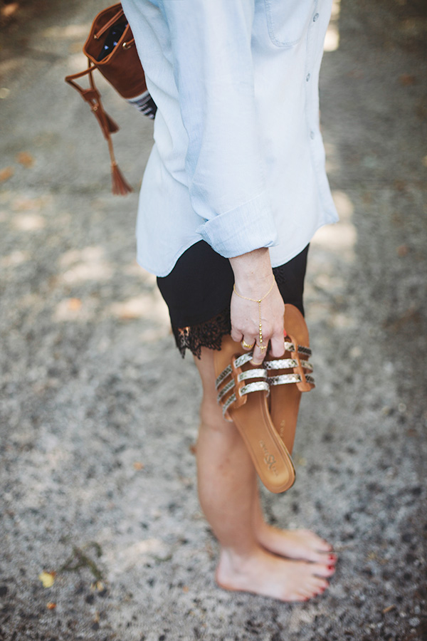 Chambray top and sandals for summer