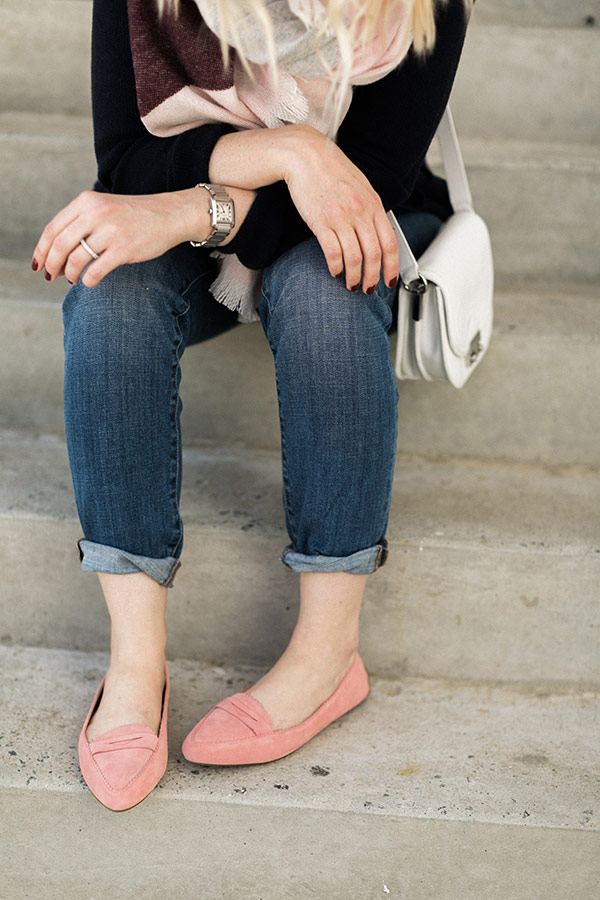 Blanket scarf, jeans and pink flats. OOTD by @waitingonmartha