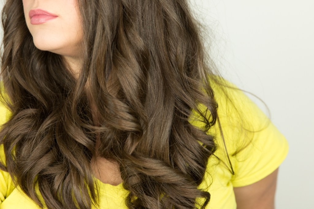 tyme-curls-side