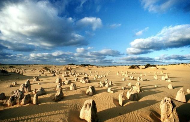 オーストラリア絶景ピナクルズ