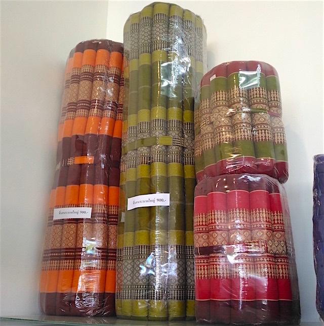 タイの刺繍マットレス