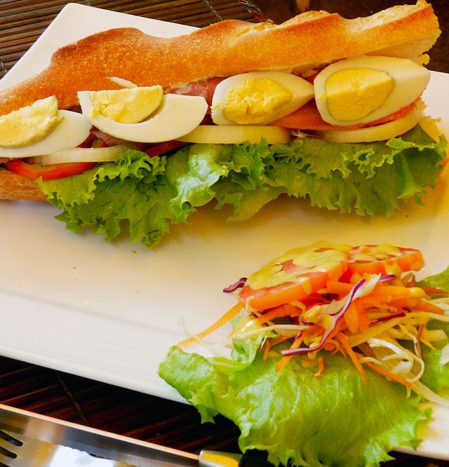 L'OPÉRA French Bakeryのサンドイッチ