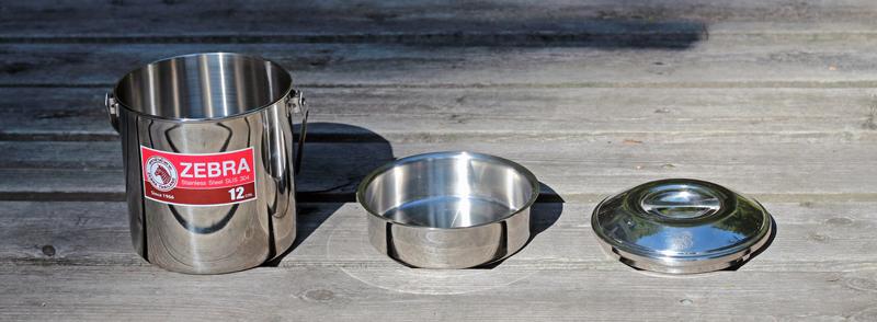 Zebra Loop Handle Pot with lid and pan insert
