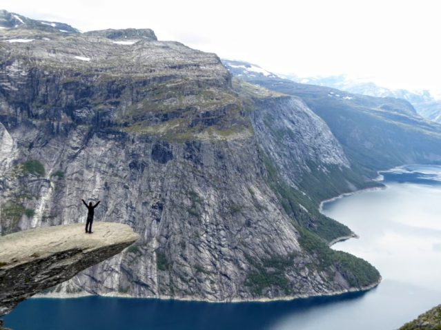 Ledge Trolltunga Norway