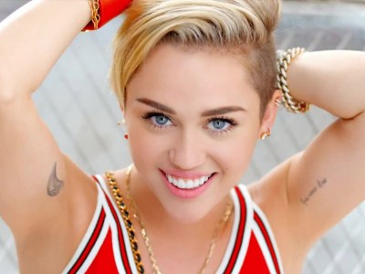 Miley Cyrus HQ Wallpapers | Miley Cyrus Wallpapers - 18098 - Filmibeat Wallpapers