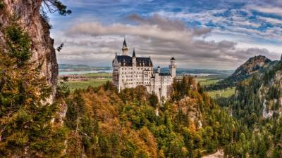 Neuschwanstein Castle HD Wallpapers
